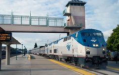 California Zephyr, a direct train traveling 2,438 miles from San Francisco to Chicago over 3 days.