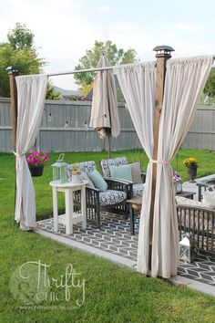 Installing an outdoor privacy screen is important to provide some privacy from intruders. Find out 17 inspiring outdoor privacy screen ideas to use. Backyard Privacy Screen, Privacy Walls, Privacy Screen Outdoor, Backyard Gazebo, Backyard Landscaping, Landscaping Ideas, Privacy Curtains, Privacy Ideas For Backyard, Deck Privacy Screens