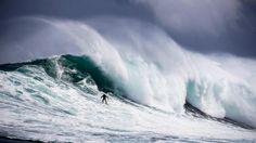 Surfer Jake Kolnik erwischt vor Südafrika eine Riesen-Welle