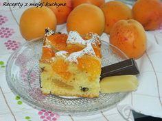 Apricot cake with chocolate and marzipan (in slovak) Hrnčekový koláč s marhuľami, čokoládou a marcipánom