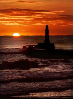 Just look at the road going to this beautiful lighthouse!!