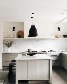 Home Interior Entrance Interior Desing, Home Interior, Kitchen Interior, Home Decor Items, Home Decor Accessories, Cheap Home Decor, Layout Design, Küchen Design, Cocinas Kitchen