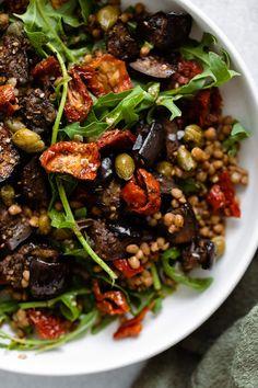 Veggie Recipes, Vegetarian Recipes, Dinner Recipes, Cooking Recipes, Healthy Recipes, Lentil Salad Recipes, Vegan Eggplant Recipes, Lentil Quinoa Salad, Roasted Eggplant Salad