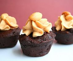 Peanut Butter Brownie Bites (Low Carb and Gluten Free) | All Day I Dream About Food (almond flour and sub coconut flour for peanut flour)