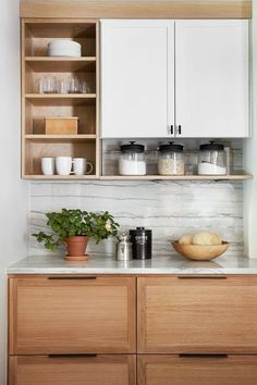 """Read all about the """"why"""" behind some of my favorite kitchen design tips in this modern Mediterranean kitchen from HGTV& Fixer Upper episode. Kitchen Ikea, Kitchen Room Design, Modern Kitchen Design, Home Decor Kitchen, Interior Design Kitchen, Kitchen Furniture, New Kitchen, Home Kitchens, Kitchen Cabinets"""