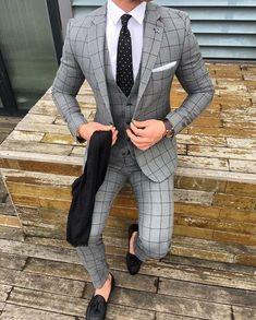 #customsuits #mensfashion #bespokesuits #weddingsuits #giorgentiweddings #suits