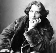"""""""Nichts ist so gefährlich wie das Allzumodernsein. Man gerät in Gefahr, plötzlich aus der Mode zu kommen."""" - Oscar Wilde"""