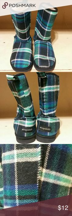 Aeropostale Plaid Faux Fur Boots Sz 6.5 Like new! Blue plaid women's Aeropostale Boots. Super cute!!! Size 6.5 Aeropostale Shoes Ankle Boots & Booties