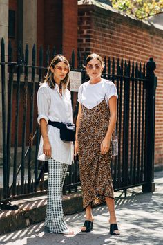 New York Fashion Week Street Style Spring 2019 Outfits Otoño, Spring Outfits, Casual Outfits, Fashion Outfits, Womens Fashion, Fashion Trends, Style Fashion, Feminine Fashion, Fashion Ideas