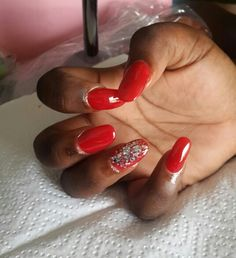 Red round full colour tips Ndumi's house of beauty 061 844 1942