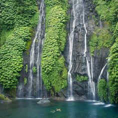 Banyumala Twin Waterfalls Desa Pakraman Wanagiri, Sukasada, Buleleng, Bali, Indonesia Photo courtesy of @mdbakta_kardana on #Instagram. #waterfalls #bali #buleleng #pulauboutiquevillas #airterjun #destinations #banyumala.