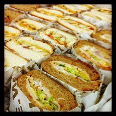 Variedad de sandwiches Quiznos