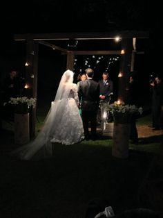 ♥♥♥  CASO REAL: O casamento da Kathy e do André O amor é aquela coisinha deliciosa que sabemos que está escrita em nossas vidas e que vivemos esperando e confiando que chegará até nós. Mas, com... http://www.casareumbarato.com.br/caso-real-o-casamento-da-kathy-e-do-andre/