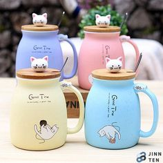 Capacity: 450ml Size: Height 12cm Cup bottom: 8cm Caliber: 7cm Material: Ceramic Lid: Bamboo Packing list: 1* cup with lid 1* spoon Cat Coffee Mug, Coffee Milk, Cat Mug, Coffee Cups, Milk Tea, Easy Coffee, Hot Coffee, Mug Chat, Images Kawaii