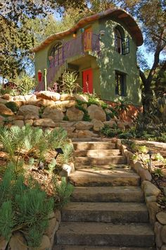 View of Oak Tree House by Jeff Shelton Architect Dream Home Design, My Dream Home, Fairytale House, Earthship Home, Natural Building, Green Building, Earth Homes, Cute House, House Rooms