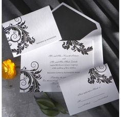 Venice Wedding Invitation (available in other colors) | #exclusivelyweddings | #blackandwhitewedding