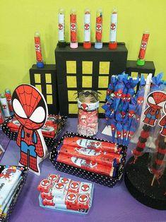 Golosinas y deco de cumpleaños con imprimibles del hombre araña