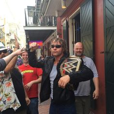 Dean Ambrose geht auf Entdeckungsreise durch New Orleans: Fotos Wwe Raw And Smackdown, Jonathan Lee, Wwe Dean Ambrose, Bae, The Shield Wwe, World Heavyweight Championship, Wrestling Wwe, Wwe News, Seth Rollins