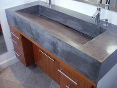 I like the integrated sink Concrete Sink, Concrete Table, Concrete Furniture, Concrete Countertops, Bathroom Interior, Modern Bathroom, Small Bathroom, Beton Design, Kitchen Design