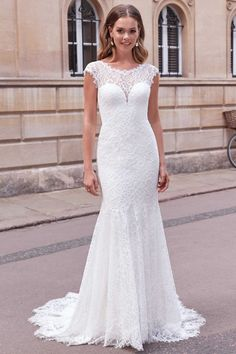 Fit And Flare Wedding Dress, Flare Dress, Bridal Gowns, Wedding Gowns, Justin Alexander, Sabrina Neckline, Nude Color, Stretch Lace, Floral Lace