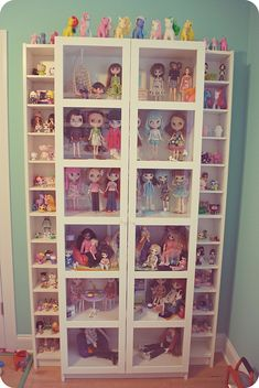 Alyssa truly needs this.for her Doll storage. Our last count . Barbie Storage, Barbie Organization, Doll Storage, Lego Storage, Ikea Storage, Storage Ideas, Toy Display, Display Ideas, Toy Rooms