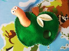 Felt Worm and Apple Toy from Felt, Cotton and Whimsy. www.facebook.com/feltcottonandwhimsy