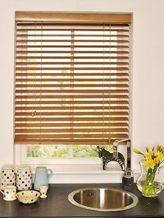 6 Attractive Clever Tips: Roller Blinds Valance diy blinds science experiments.Bamboo Blinds Mid Century roller blinds with curtains.Blinds For Windows Country. Patio Blinds, Diy Blinds, Outdoor Blinds, Bamboo Blinds, Fabric Blinds, Curtains With Blinds, Privacy Blinds, Blinds Ideas, Kitchen Blinds Above Sink
