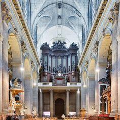 L'orgue de l'église Saint-Sulpice. Paris, 2013.