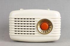 "Retro Mid Century Westinghouse 501 White ""3 Way"" Plaskon Vacuum Tube Radio | eBay"