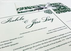 Convite de casamento com faixa estampada em relevo e impressa em papel vegetal. Modelo 25.