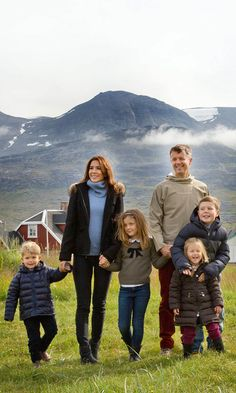 The whole gang's here! The Crown Prince of Denmark and his adorable family visited Greenland  for a week in August in connection with the summer cruise on the Royal Yacht. (Photo: © Rpe/Albert Nieboer/DPA/ZUMA Wire)<br>