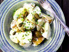 Krämig potatissallad med kapris | Recept från Köket.se
