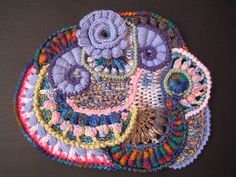 Freeform crochet by Olgemini Freeform Crochet, Crochet Art, Crochet Motif, Irish Crochet, Crochet Crafts, Crochet Doilies, Crochet Flowers, Crochet Projects, Free Crochet