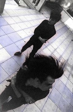 gorgonetta:  [Dramatically-angled photo of Nick Cave and Rowland S. Howard]