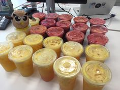 Monday delivery of fruit juices arrived at #hootsuiteapac office! Yummy and healthy! #hootsuitelife