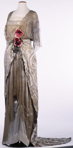 Ball gown, 1912. Vienna Museum via Europeana Fashion
