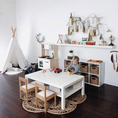 Playroom Ideas - These playroom design ideas are suited to small areas as well as bigger rooms, to open-plan areas as well as to rooms with doors (you can securely close). Montessori Playroom, Toddler Playroom, Montessori Baby, Montessori Toddler Bedroom, Playroom Design, Playroom Decor, Playroom Ideas, Loft Playroom, Daycare Ideas