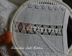 Drawn Thread, Thread Work, Hand Embroidery Stitches, Cross Stitch Embroidery, Flower Pillow, Silk Ribbon, Fabric Painting, Knitted Hats, Needlework