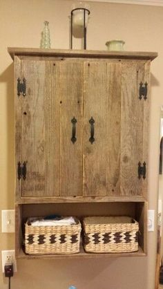 29 ideas wood shelves above toilet – * Wood. * – 29 ideas wood shelves above toilet – * Wood. * – – most beautiful shelves – Over The Toilet Cabinet, Shelves Above Toilet, Over Toilet, Wood Shelves, Pallet Shelves, Pallet Bathroom, Bathroom Furniture, Rustic Furniture, Diy Furniture