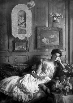 Princess Martha Bibescu (born Lahovary) in her castle from Posada, Prahova county, Romania Picture taken most likely by Nadeja Stirbey Belle Epoque, Romania Old Photographs, Belle Epoque, Time Travel, Castle, Pictures, Painting, Vintage, Icons, Princess