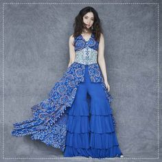 Best Labels To Buy Gorgeous Sharara Suits From! sharara suits The post Best Labels To Buy Gorgeous Sharara Suits From! Indian Dresses, Indian Outfits, Sharara Suit, Bollywood Wedding, Bridesmaid Outfit, Bridesmaids, Indian Designer Outfits, Indian Attire, Indian Wear
