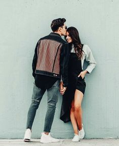 Things Girls Like to Hear from Men to Feel Special - Couple goals - Couple Couple Photoshoot Poses, Couple Photography Poses, Couple Shoot, Dslr Photography, Photography Courses, Photography Business, Photography Ideas, Creative Couples Photography, Fashion Photography