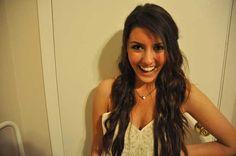 Esta chica guapa buscaba un marido rico. La respuesta que recibió fue increíble.