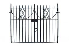 PAIR OF ANTIQUE WROUGHT IRON DRIVEWAY GATES - UK Architectural Heritage