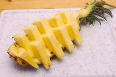 You Will Never Cut Pineapple A Different Way Again. Fruit hack alert! This one's a winner.