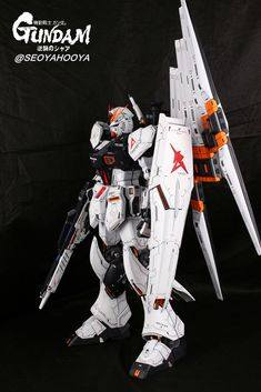 Neo Grade Nu Gundam - Customized Build Modeled by Seoyahooya Frame Arms, Gundam Model, Mobile Suit, Plastic Models, Grade 1, Robots, Building, Universe, Highlight