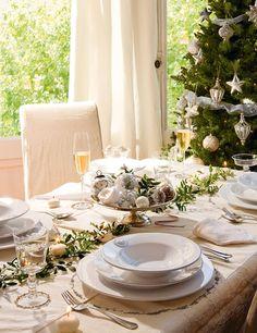 Asztalok készen, Hogy Mindenki Karácsony megünneplésére · ElMueble.com