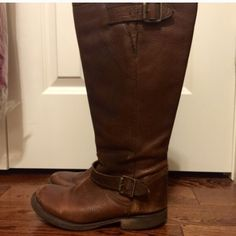 Steve Madden leather boots 15% off bundles 2+ Steve Madden Frenchh boots. Genuine leather. Distressed. Scuffs can be seen in pics. Please review before purchase. Heels are cracked on bottom and could be replaced but still wearable. Calf circumference is about 16.5. Price reflects condition. Steve Madden Shoes Combat & Moto Boots