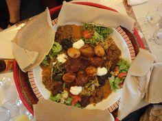LE NEGUS : Restaurant Ethiopien. Ambiance chaleureuse. Très bon plat à partager (avec les doigts bien sûr) et service accueillant. 52 rue de Montreuil, 75011 Paris Ouverture : lun - jeu: 12:00 - 14:00, 19:00 - 00:00 ven - sam: 12:00 - 14:00, 19:00 - 02:00 dim: 12:00 - 14:00, 19:00 - 00:00