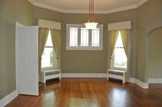 1904 Queen Anne - Covington, TN - $167,500 - Old House Dreams